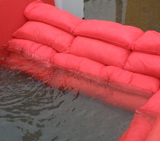 Hydrosnake Flood Defence Barrier